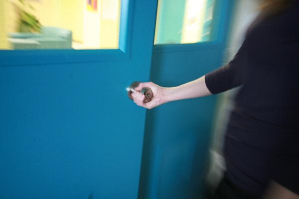 Clinique externe thai troubles de l 39 humeur institut for Porte qui s ouvre